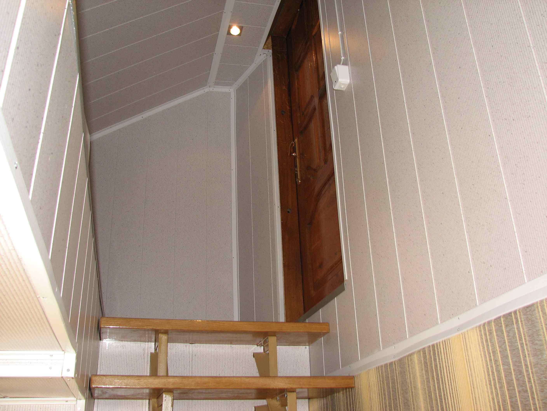 Mansarda trečiame aukšte (dvi dvigulės lovos)